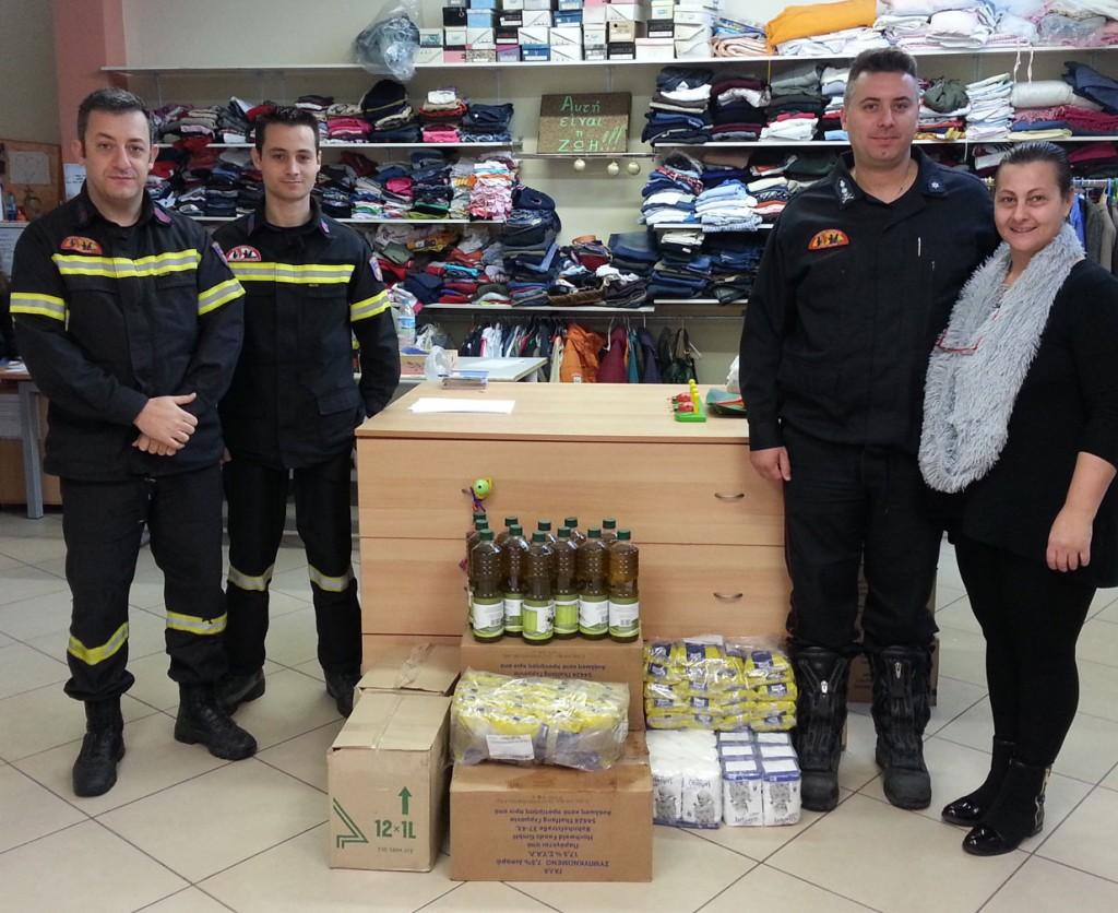 Προσφορά Υπαλλήλων Πυροσβεστικής Υπηρεσίας Μαρκοπούλου